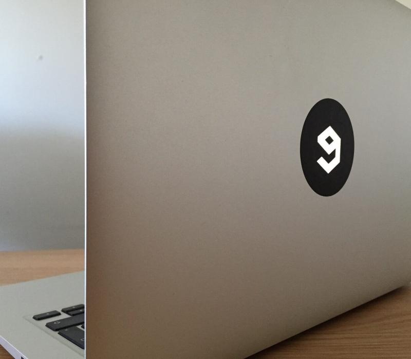 9gag-vinyl-sticker-2