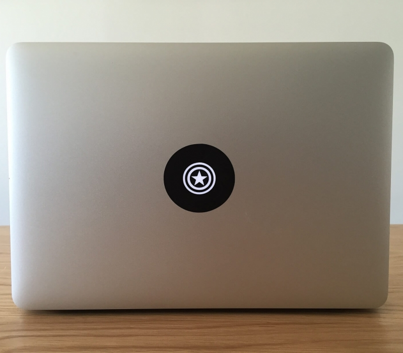captain-america-macbook-sticker-2