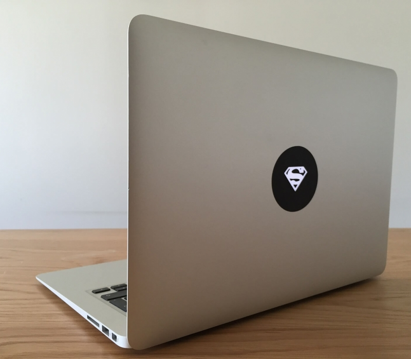 superman-macbook-sticker-3