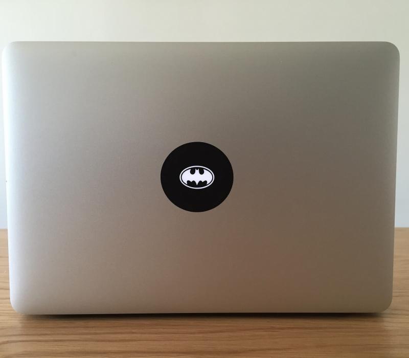 batman-retro-macbook-sticker-2