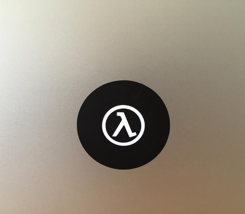 half-life-retro-macbook-sticker-1