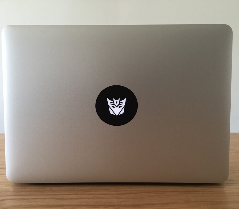 decepticon-macbook-sticker-2