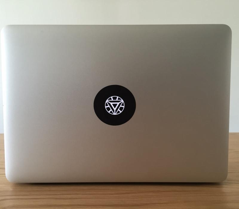 arc-reactor-macbook-sticker-2