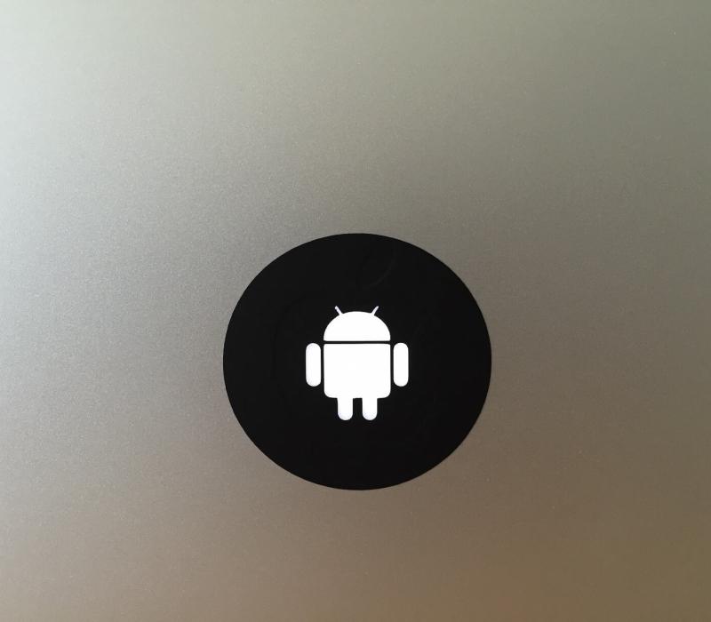 android-macbook-sticker-1