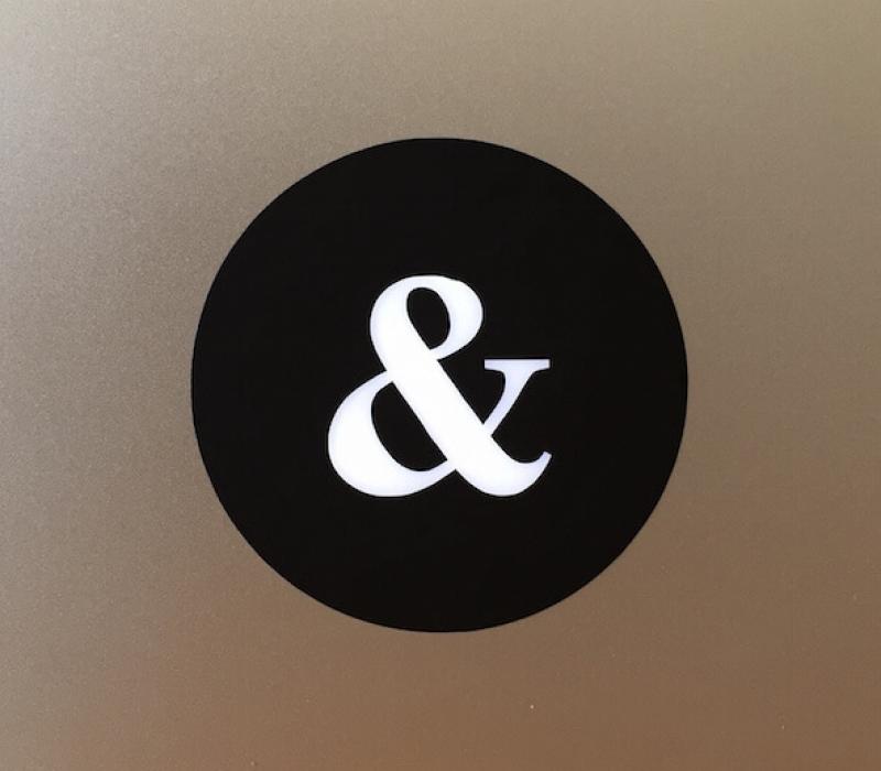 ampersand-macbook-sticker-1